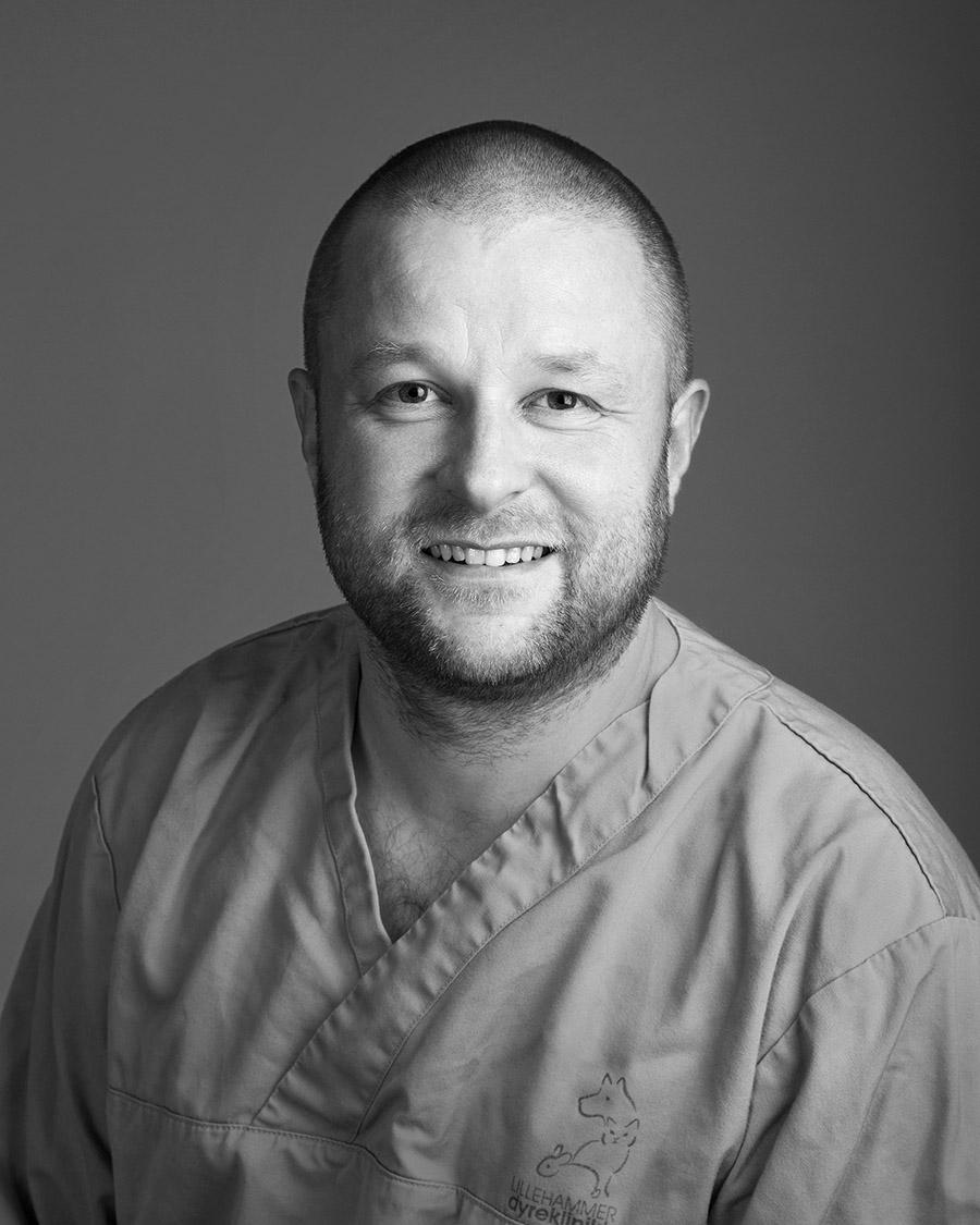 Gisle Eritsvær, Veterinær og daglig leder ved Lillehammer Dyreklinikk